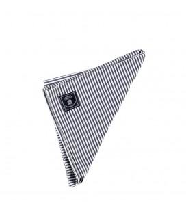Triibuline riidest salvrätik